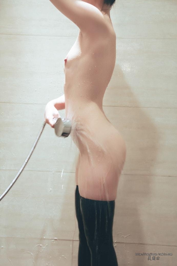 Tuanzi Series-Cute Girl In Swimming Suit