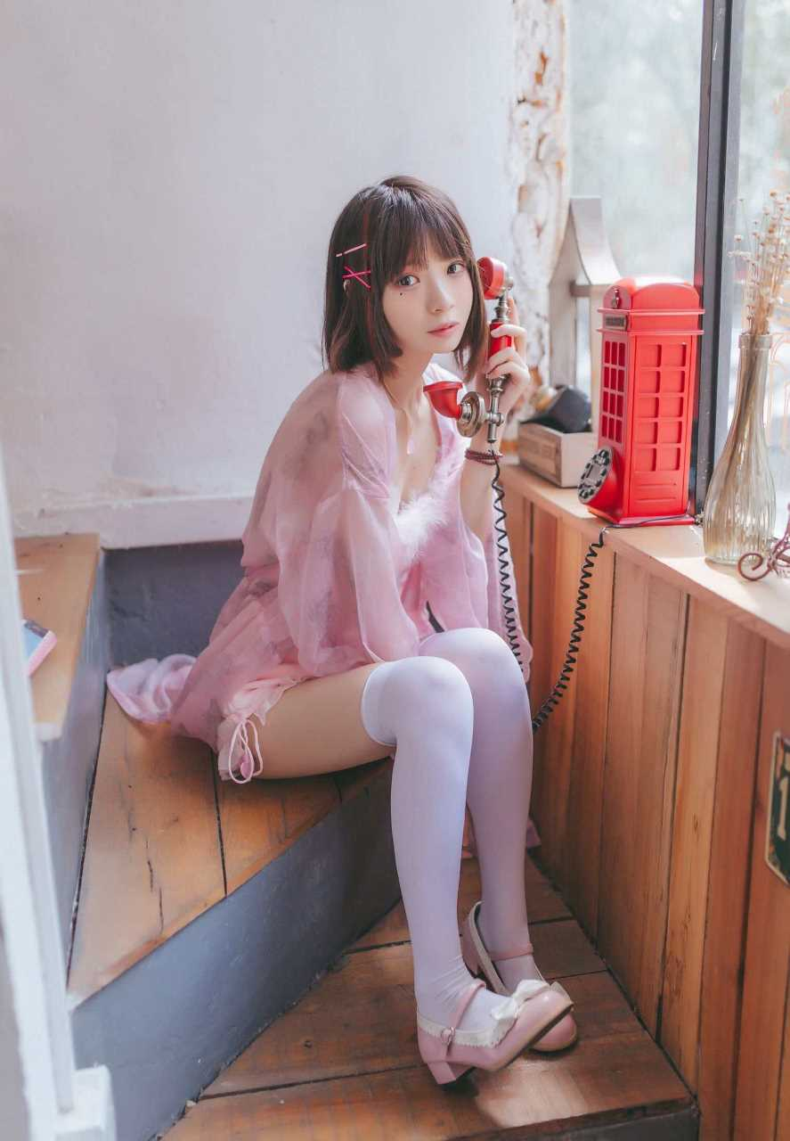 Crazy Cat ss-Pink Everyday-Tiny girl with big glasses-(19P)